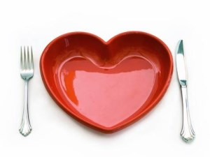 Place setting with a heart-shaped plate